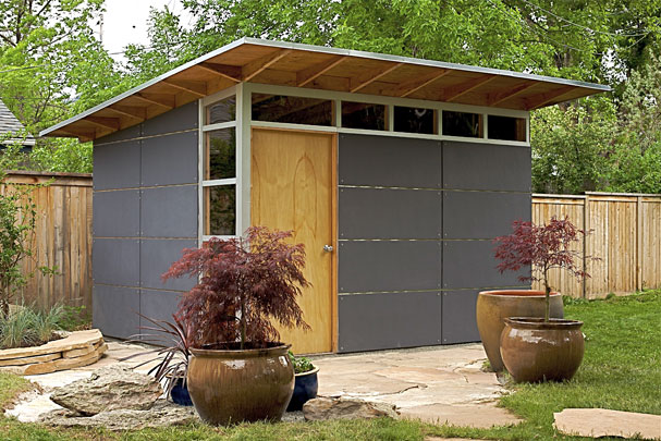 Outdoor storage sheds to tidy up your back yard shed for Storage house for backyard