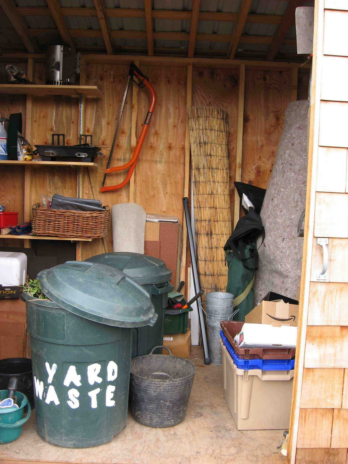 Garden storage sheds design the perfect storage shed for for Shed ideas inside