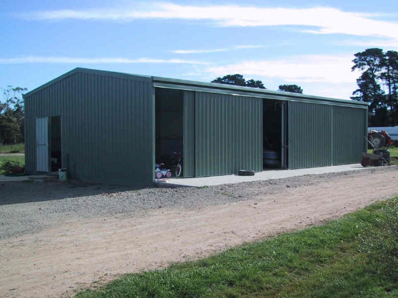 Shed blueprints the all important farm shed for Farm shed ideas