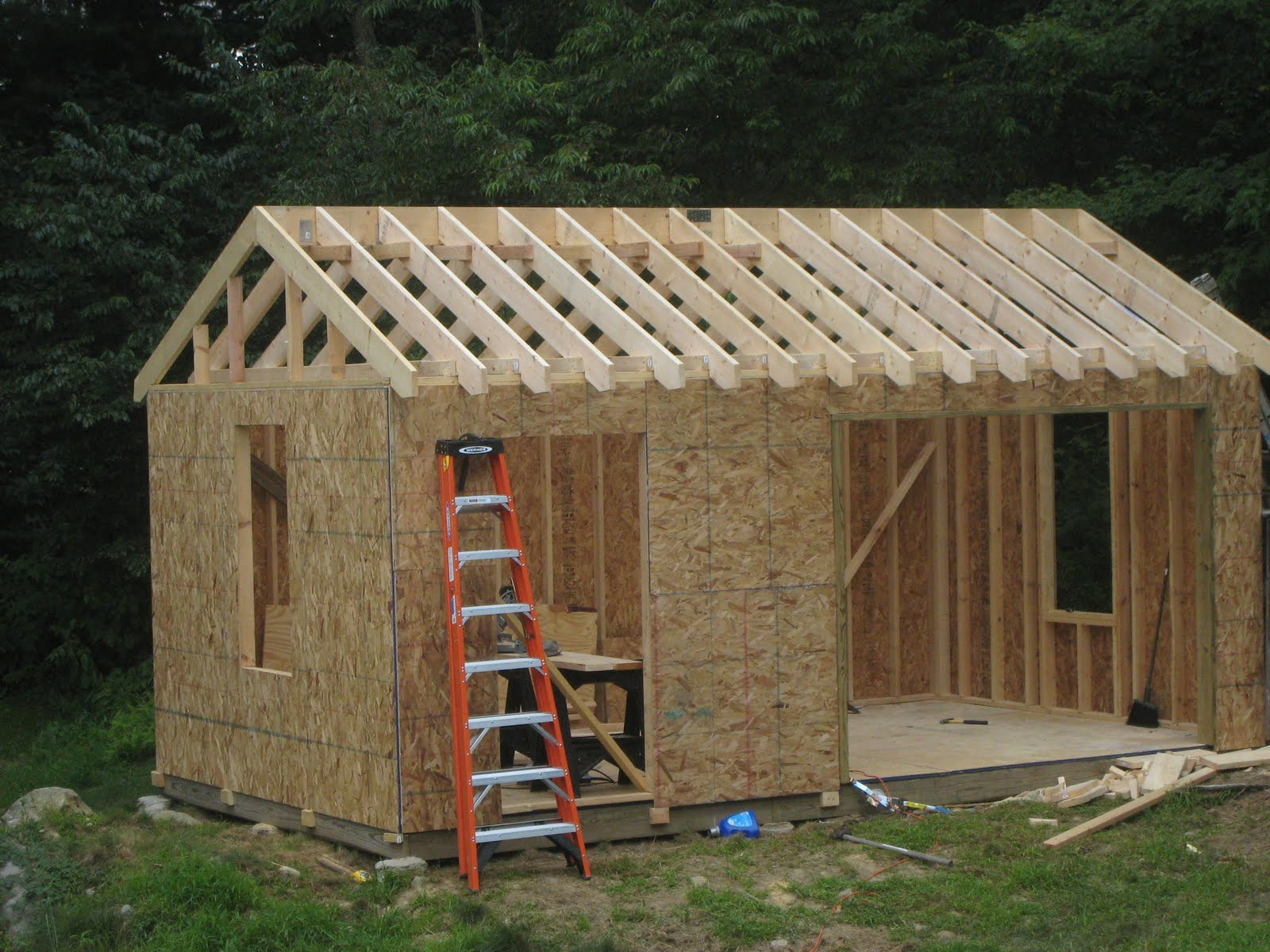 Bels building shed to live in details for Building a barn to live in